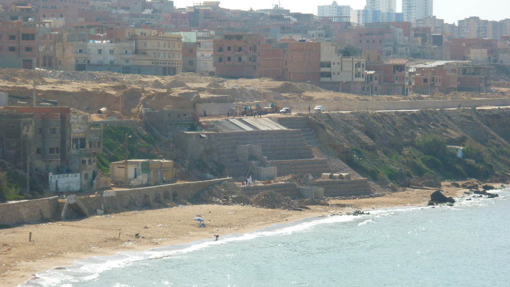 Mostaganem : La destruction de Sidi-majdoub
